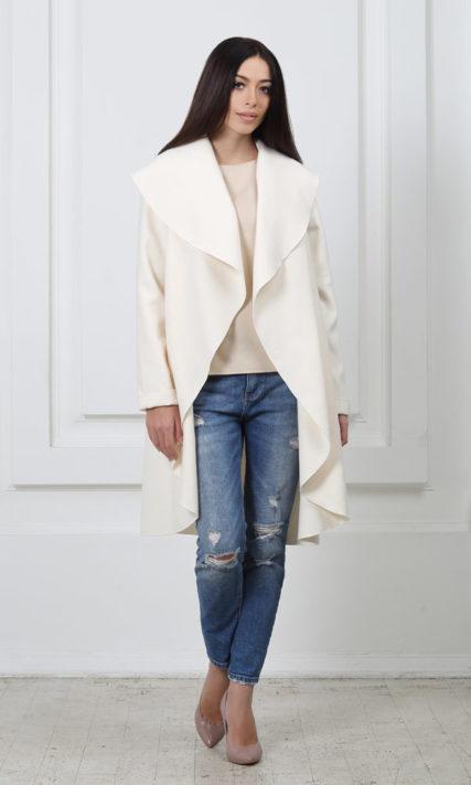 Кашемировое пальто с карманами молочного цвета