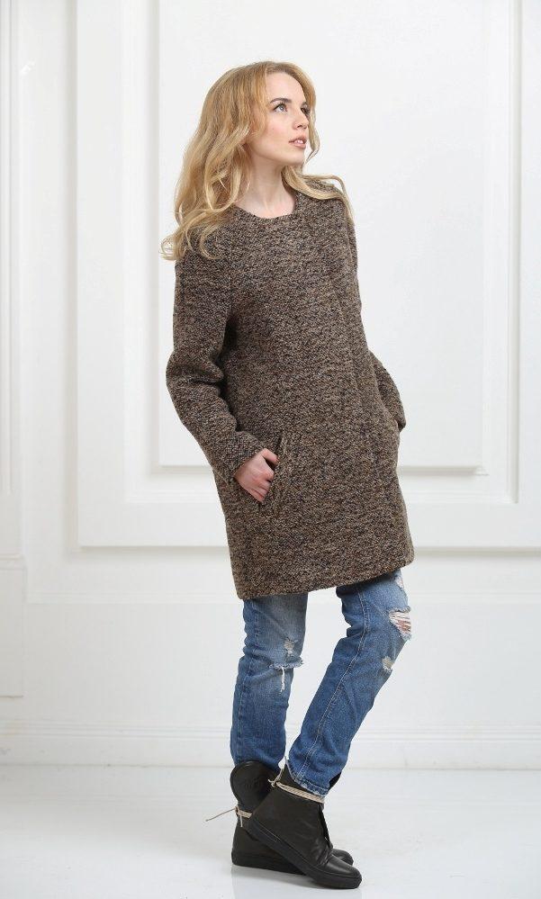 Пальто без воротника коричневое