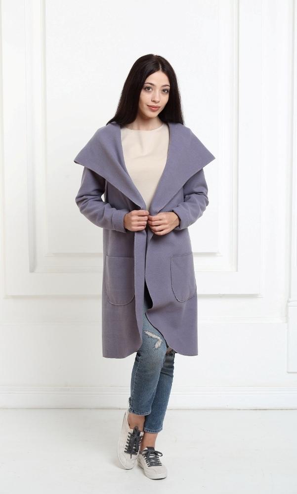 Кашемировое пальто с капюшоном аметистового цвета
