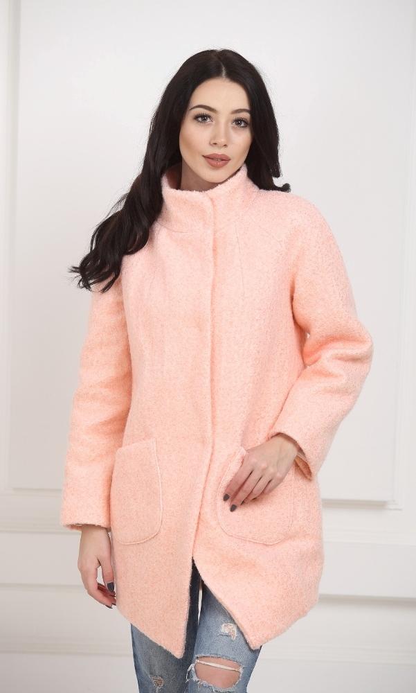 Пальто-бочонок персикового цвета