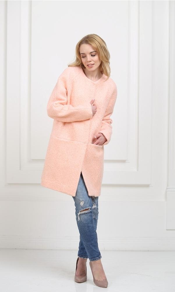 Пальто без воротника персиковое