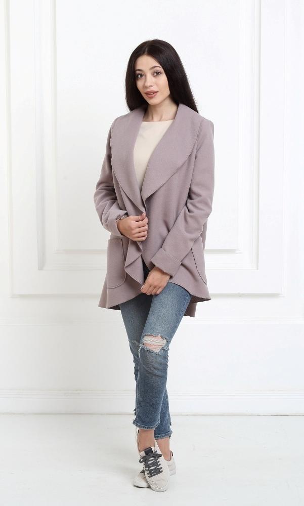 Жакет средней длины цвета капучино с карманами