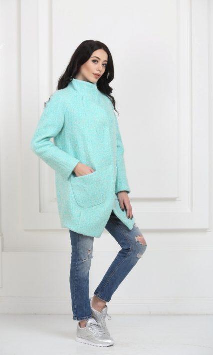 Пальто-бочонок мятного цвета