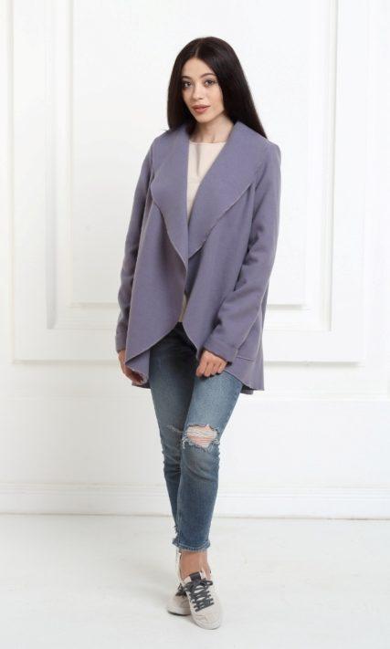 Жакет средней длины аметистового цвета с карманами