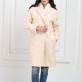 Пальто с воротником кремовое средней длины