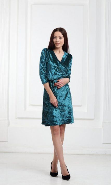 Платье велюровое короткое зеленое