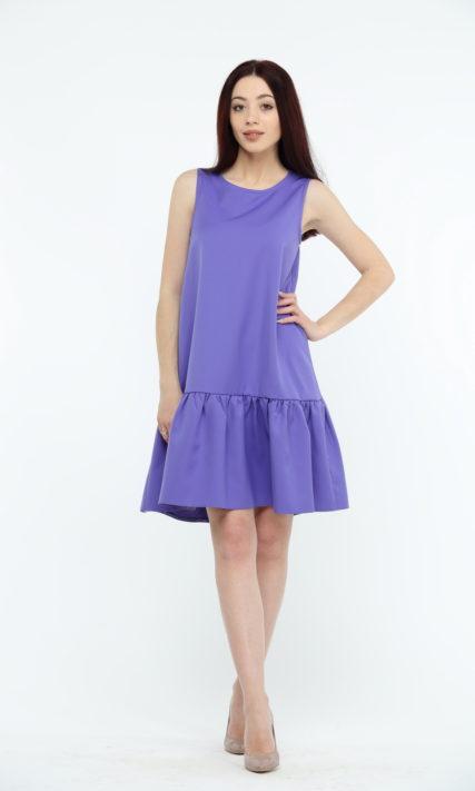 Фиолетовое платье с воланами