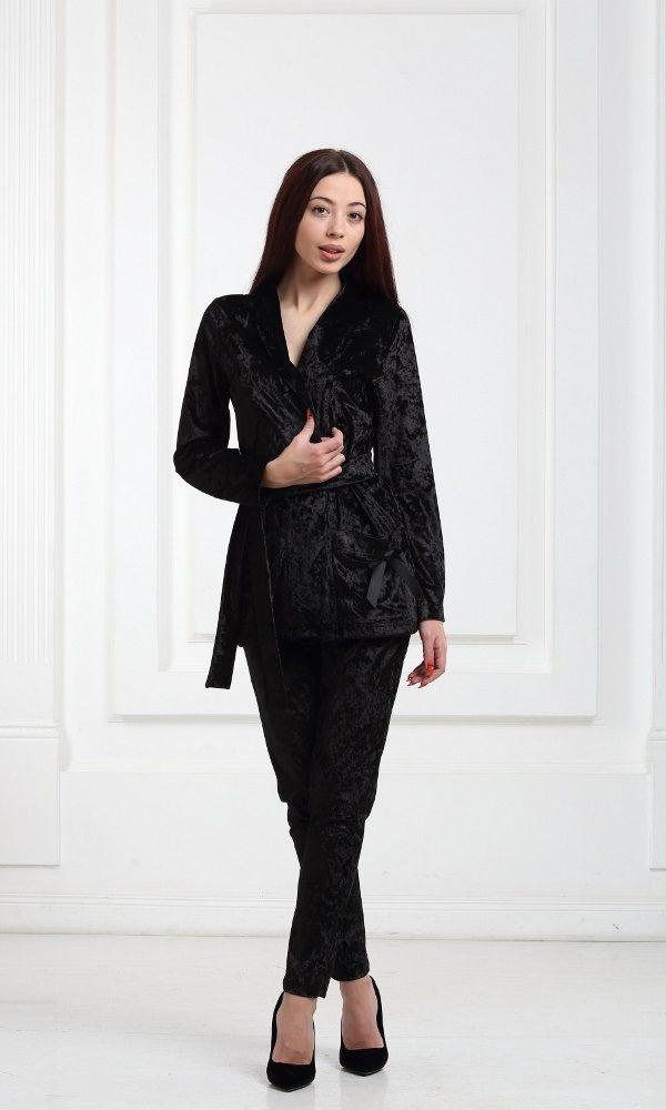 Женский костюм черный велюровый