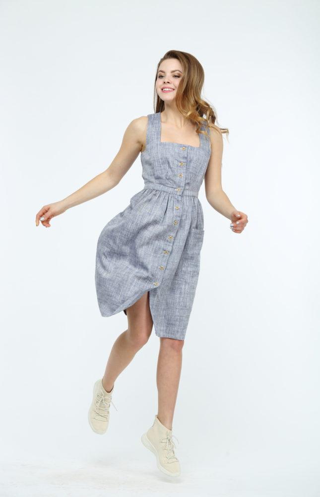 Платье из льна на пуговицах