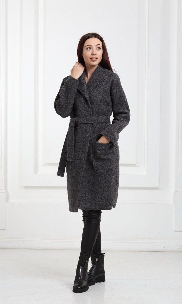 Шерстяное пальто черное