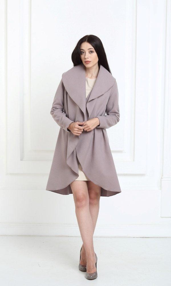 Кашемировое пальто цвета капучино
