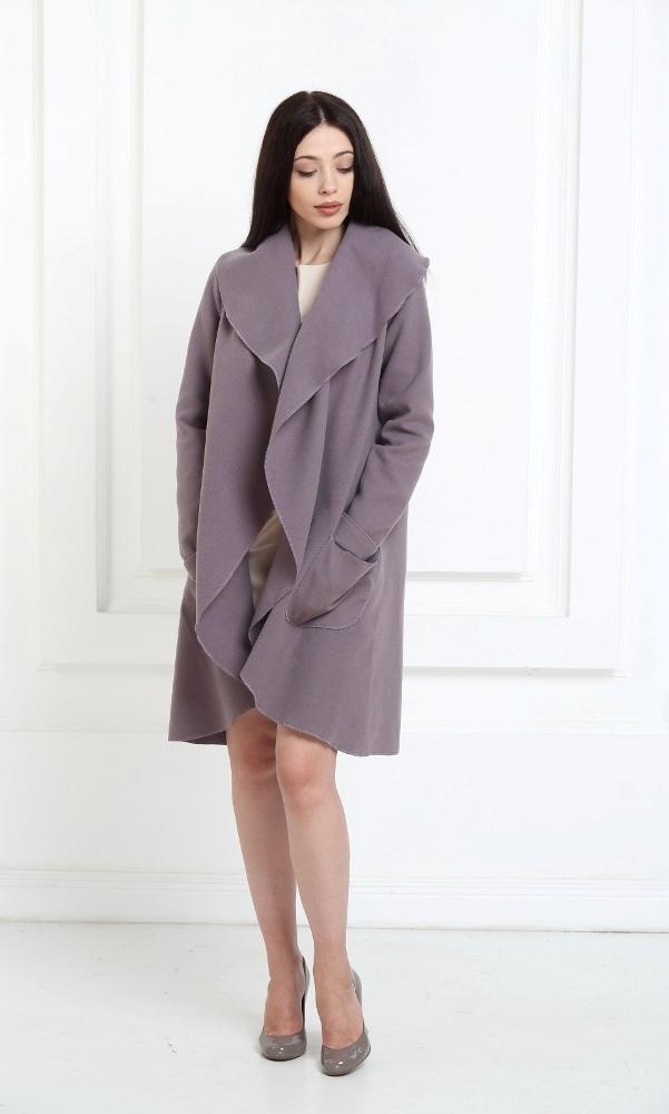 Кашемировое пальто лавандового цвета с карманами