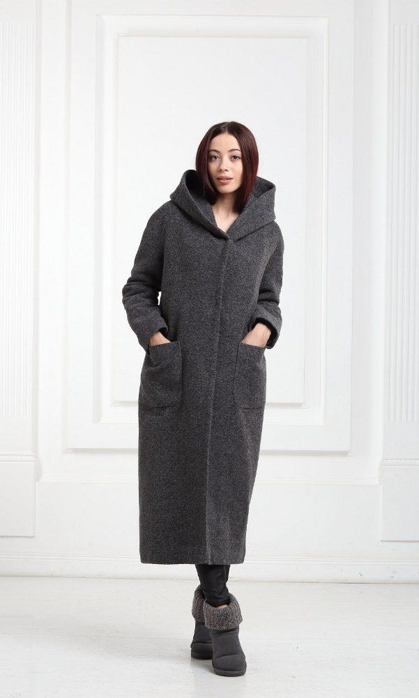 Зимнее длинное пальто черного цвета