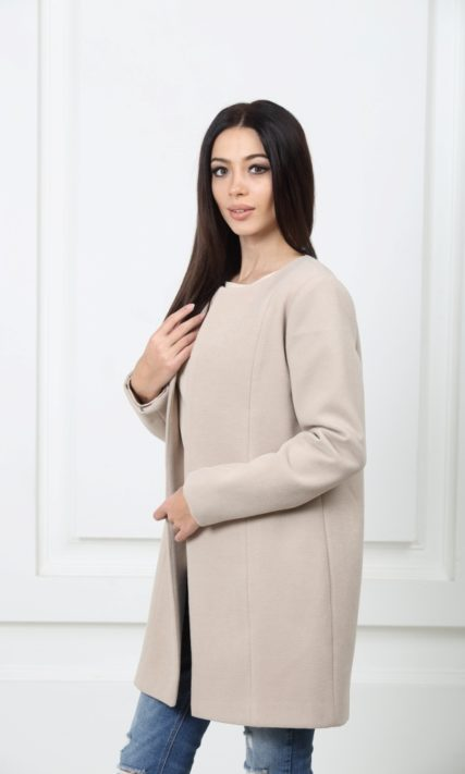 Кашемировое пальто бежевого цвета с подкладкой