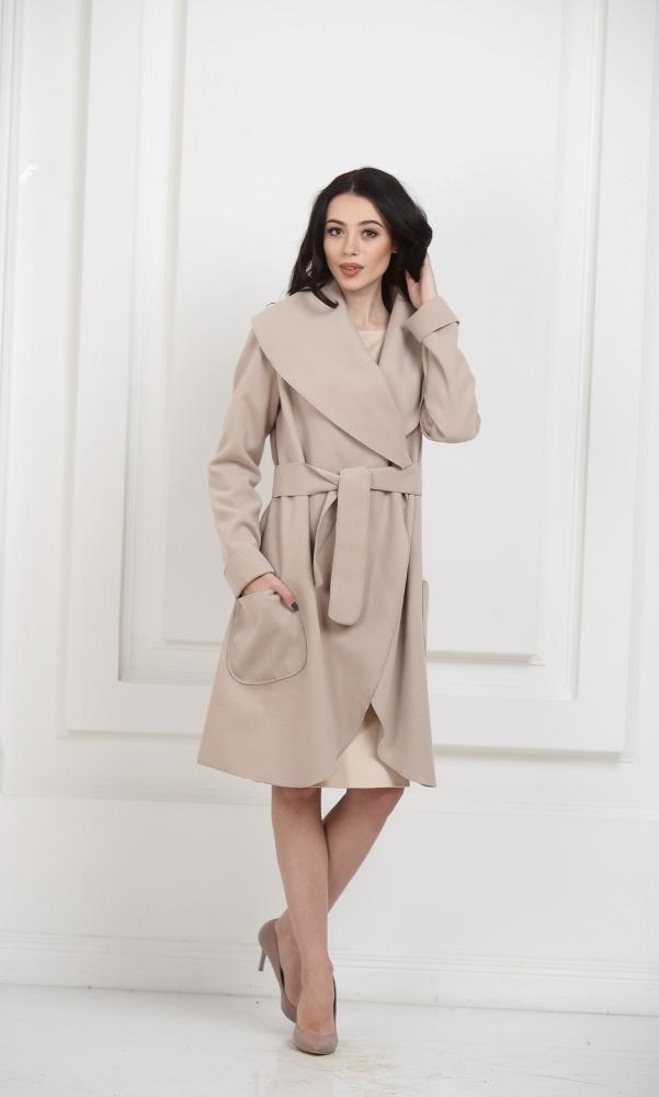 Кашемировое пальто с карманами светло-бежевое
