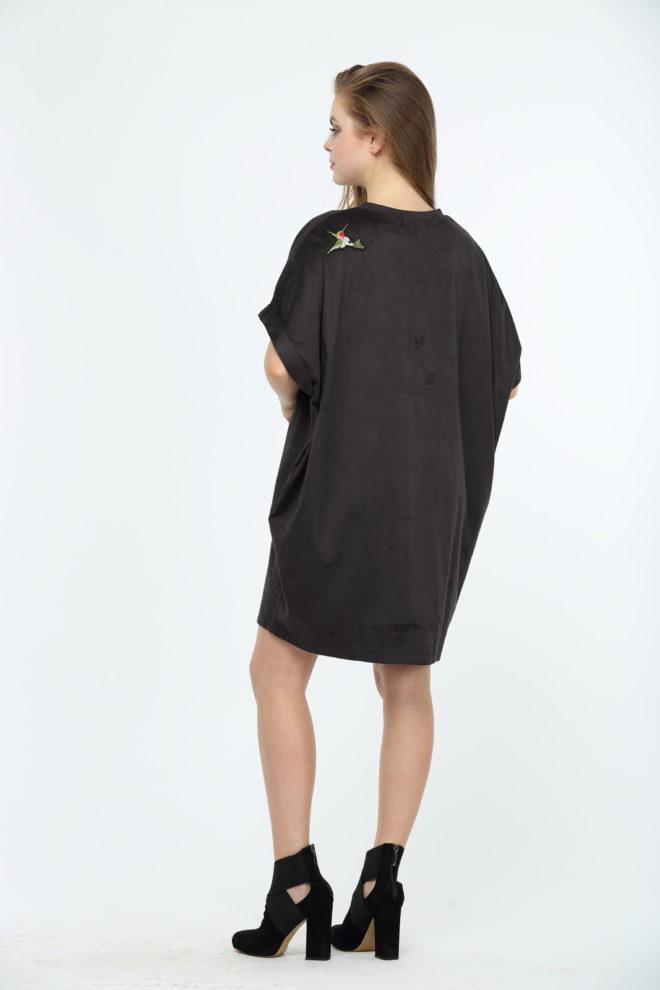 Замшевое платье с колибри