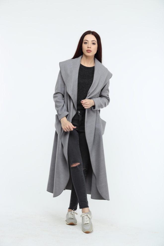Пальто макси серого цвета