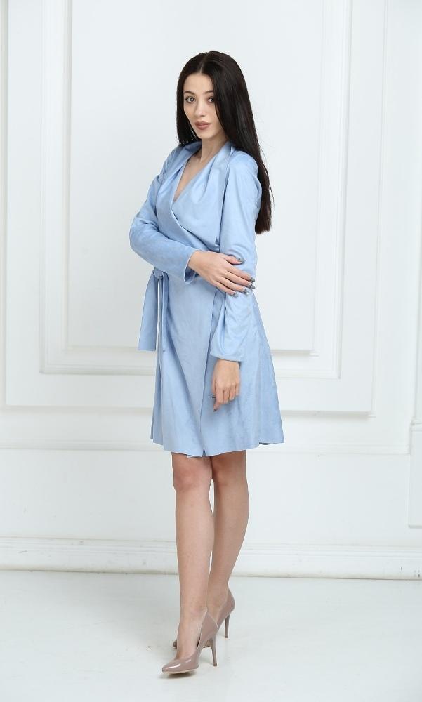 Платье замшевое с запахом голубое