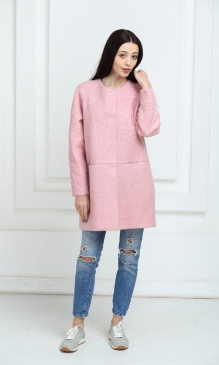 Пальто без воротника розовое
