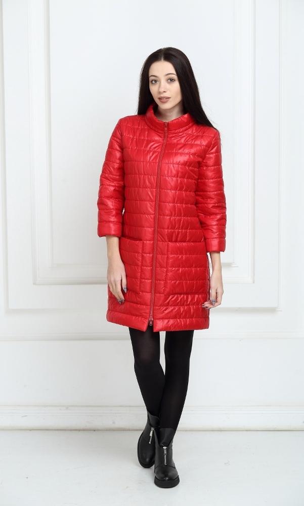 Пальто дутое красное