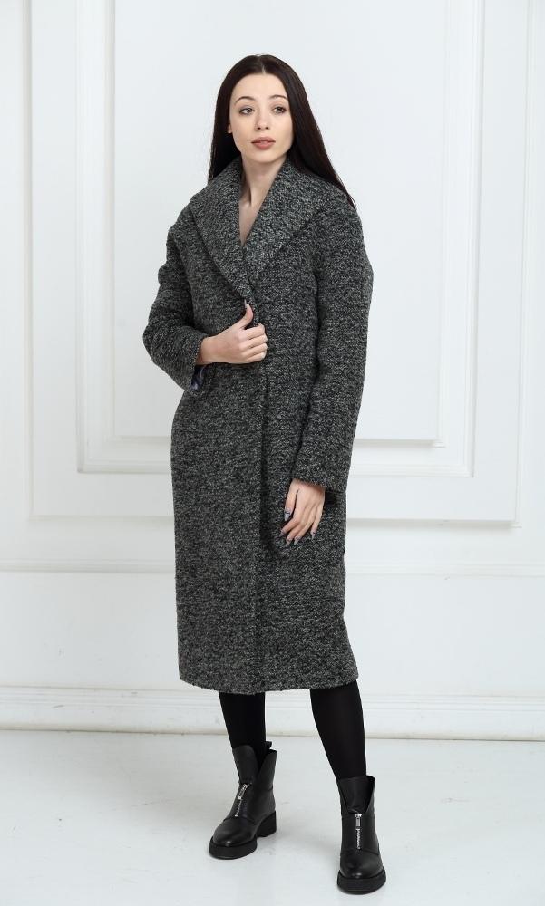 Длинное пальто серого цвета