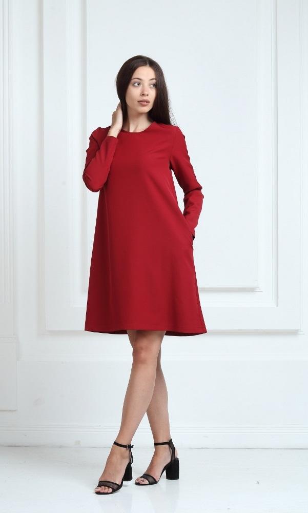 Платье цвета марсала с длинными рукавами