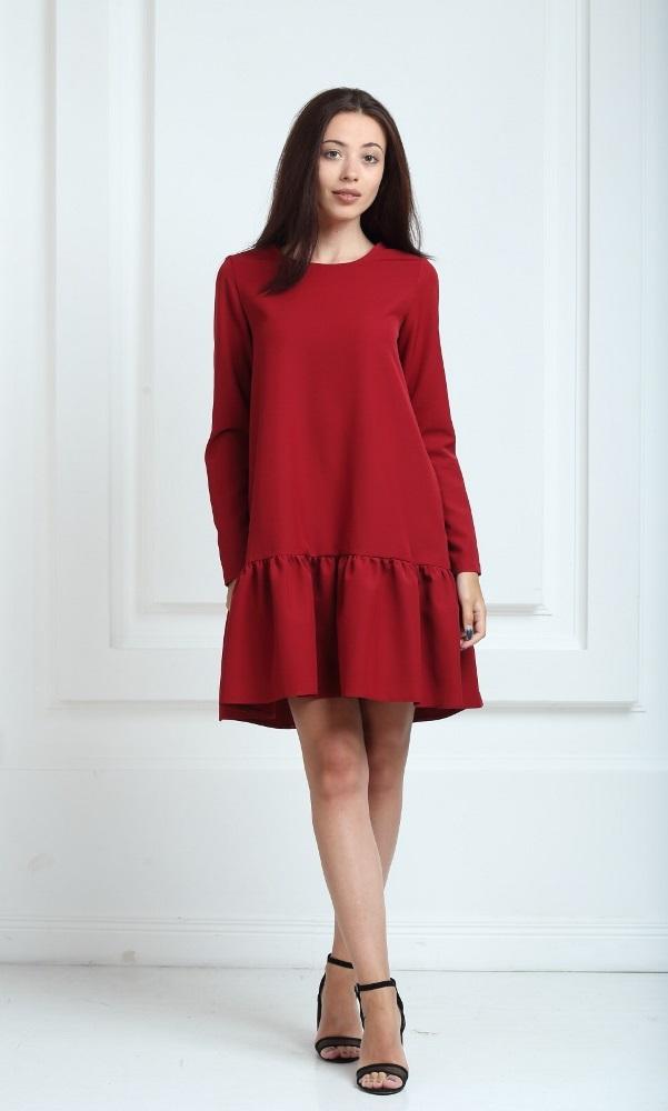 Платье цвета марсала с рукавами и воланами