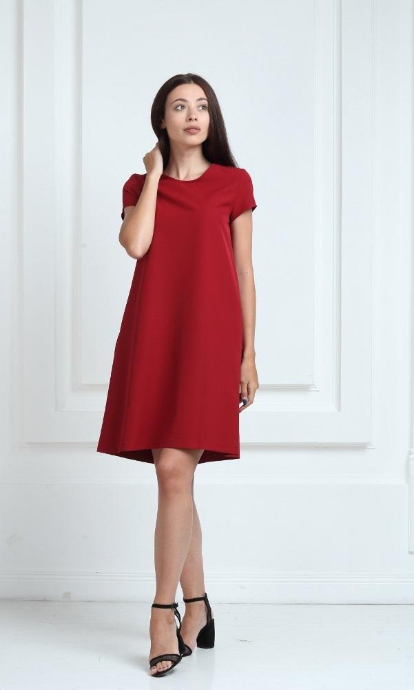 Платье цвета марсала с короткими рукавами