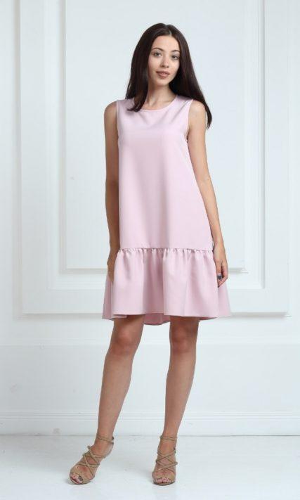 Платье цвета пудра с воланами