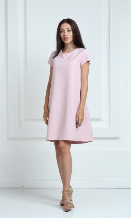 Платье цвета пудра с короткими рукавами