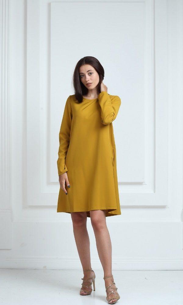 Платье горчичного цвета с длинными рукавами